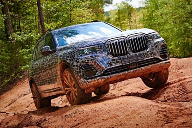 BMW 全新旗艦七人座休旅 X7,確定將於今年 11 月問世!