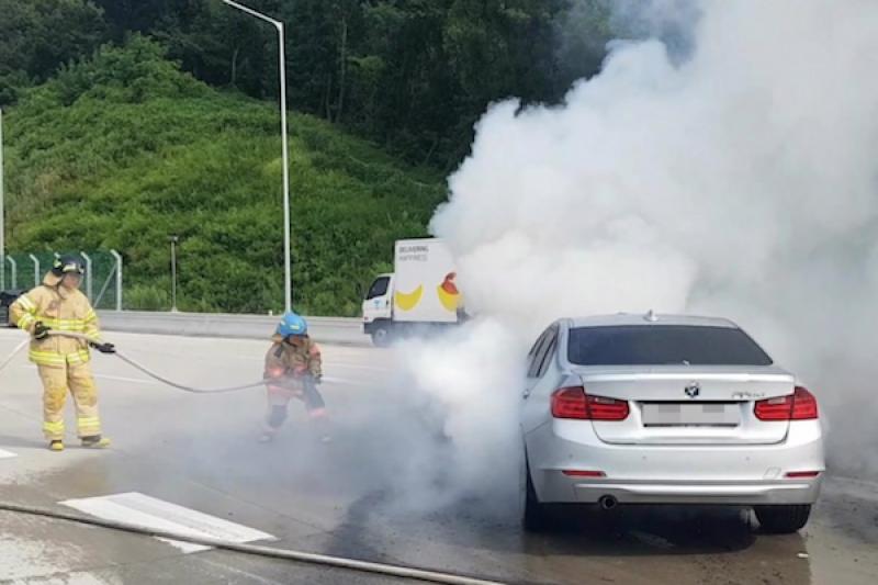 今年第 37 起火燒車事件 南韓 BMW 再燒一台!