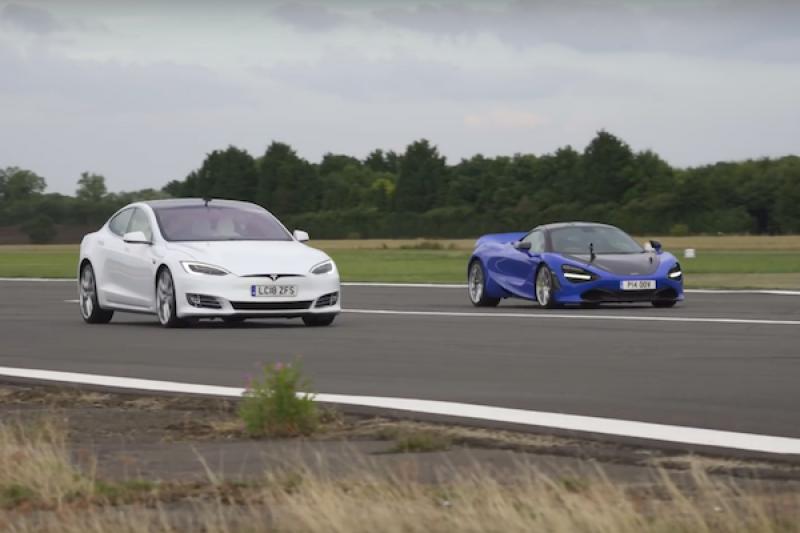 不到 3 秒就破百!特斯拉 Model S 對決麥拉倫 720S 拼直線加速誰會贏?(內有影片)
