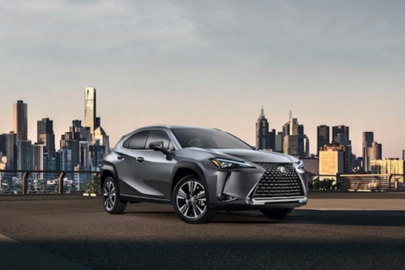 Lexus UX 最便宜休旅北美發表,入門價不到 100 萬台幣!