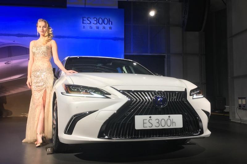 大改油電豪華房車 ES 300h 台灣上市!Lexus 公布正式售價