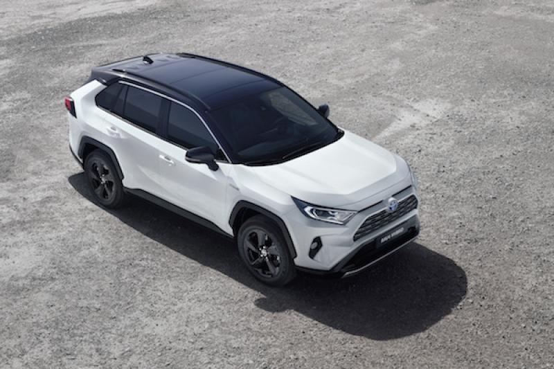 Toyota RAV4 第五代歐洲首度登場!Hybrid 動力及油耗很亮眼