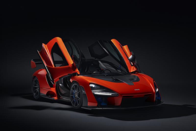 身價超過 3000 萬 McLaren 超跑「全球首撞」!修車費幾乎等於車價⋯