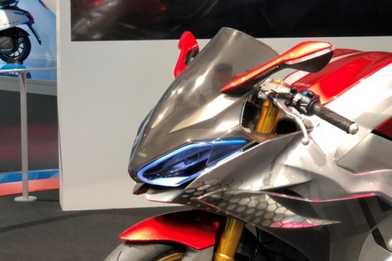 【米蘭車展】光陽為何推 SuperNEX 電動重機?董事長:這是品牌高度!