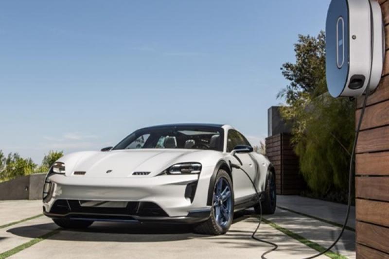 法國研發新充電技術,4 分鐘可幫電動車充滿 100%!