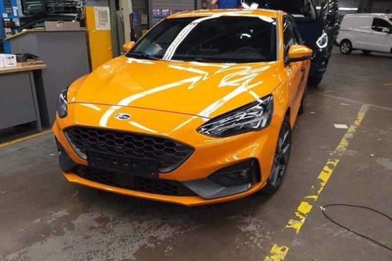 國外網友當街捕獲,揭露最新一代 Ford Focus ST 實車樣貌!