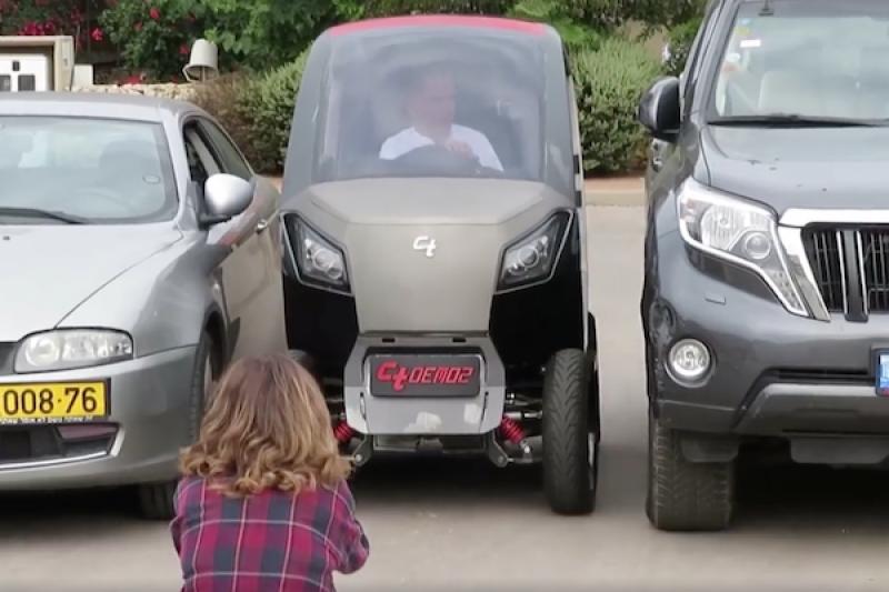 連機車格都能停!這款都會小車好停車的關鍵在......(內有影片)
