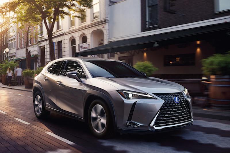 明年第一季台灣上市!Lexus UX 250h 油電車還沒開賣,業界大膽推測正式售價