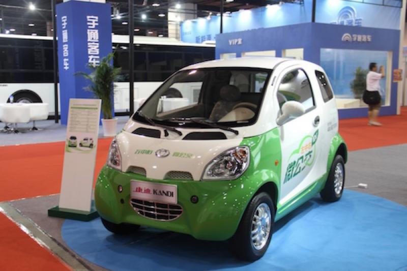 強國新能源汽車亂象,中國網友拍影片痛批:騙補助製造爛車!