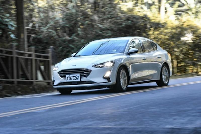 大改款 Ford Focus 採扭力樑遭車迷罵翻!這種後懸吊有何優缺點?