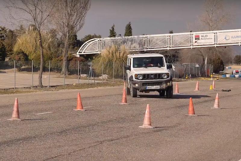 越野休旅 Suzuki Jimny 進行麋鹿測試表現如何?外媒直搖頭(內有影片)