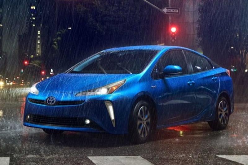 剩不到一天發表,小改款 Toyota Prius 預售價先行曝光!