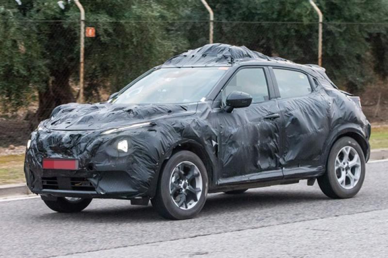 大改款 Nissan Juke 測試車再現,將與 C-HR、HR-V 一決高下!