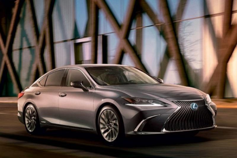 Lexus 全球累積銷售破 1000 萬輛!關鍵就在於這種動力...