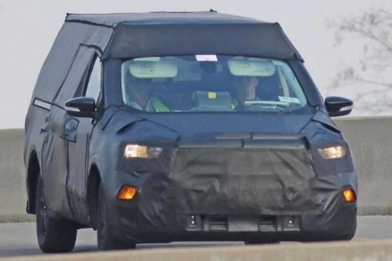 簡直就是小 Ranger,Ford Focus 皮卡車更多資訊曝光!