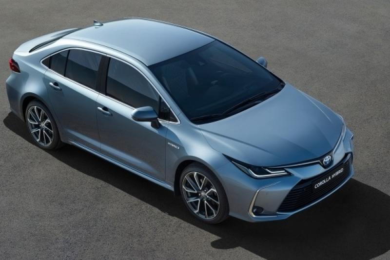 全車系將有 TSS,台灣新 Toyota Altis Hybrid 售價均不超過 90 萬!