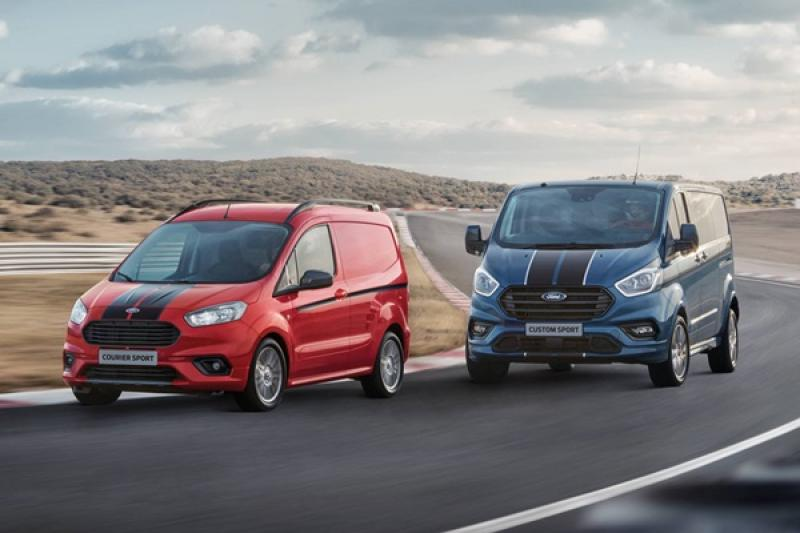 主打車室空間與新引擎,Ford 推出 Transit 新年式改款車型!(內有相片集)
