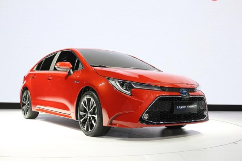 不只有油電  新Toyota Corolla Sedan 還有一款小排氣渦輪引擎!