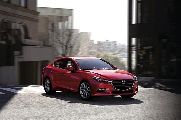 電子設備故障導致雨刷不作動!日召修 5 萬輛 Mazda 3
