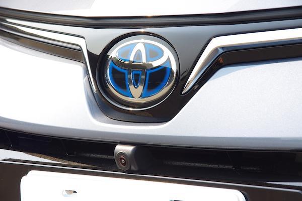 Toyota 油電專利免費用好佛心?外媒提出質疑點