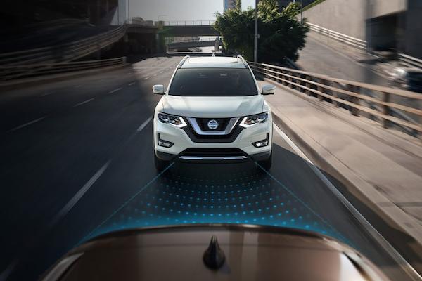 自動輔助煞車無預警啟動,後車恐撞上!逾 67 萬輛 Nissan 休旅受影響