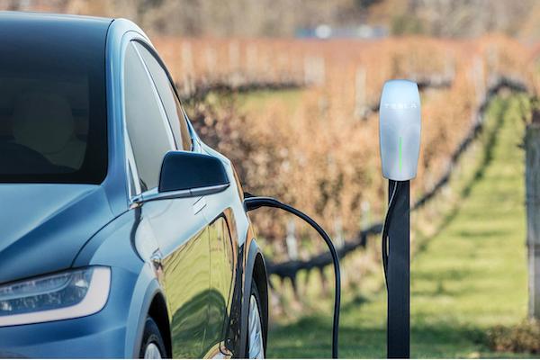 電動車新型電池開發中,續航力上看 1000 公里!