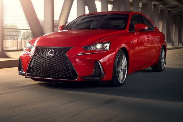 Lexus IS 入門房車大改款時間點出爐,預計 9 月法蘭克福車展亮相!