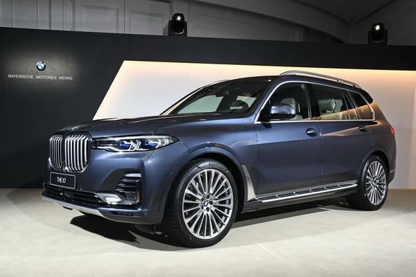 比對手先一步來台灣市場卡位,BMW 最貴氣休旅車貼身近賞!