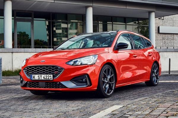 Focus 家族再添新血,新一代 Ford Focus ST Wagon 正式亮相!(內有相片集)