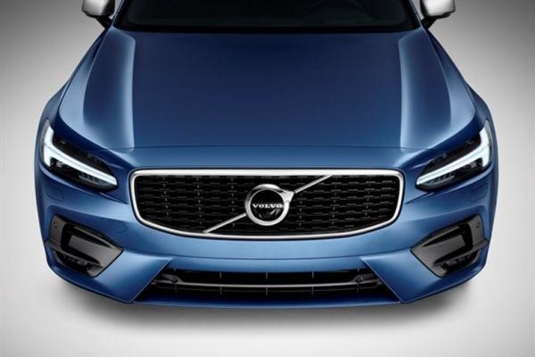 進一步降低入手門檻,Volvo 有望推出 XC40 以下新車!