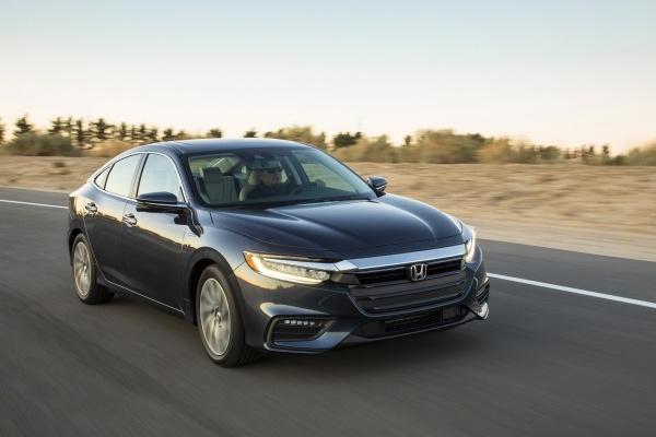《IIHS》最高安全推薦 30 款車上榜,但只有這 2 款不需要額外花錢!
