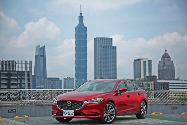 配備全面升級、企圖越級挑戰!2020 年式 Mazda 6 試駕報告(內有相片集)