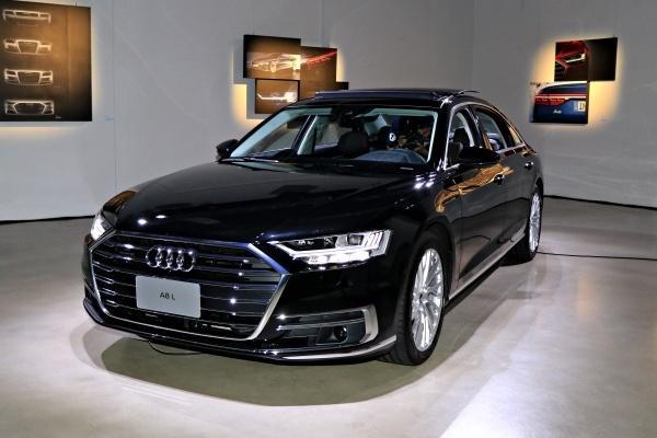 第四代 Audi A8 預賞會亮相,品牌最新科技全面搭載!(內有相片集)