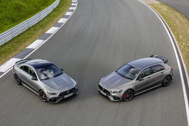 一次秀兩台新車,新一代 M.Benz AMG A45、CLA45 同時上陣!