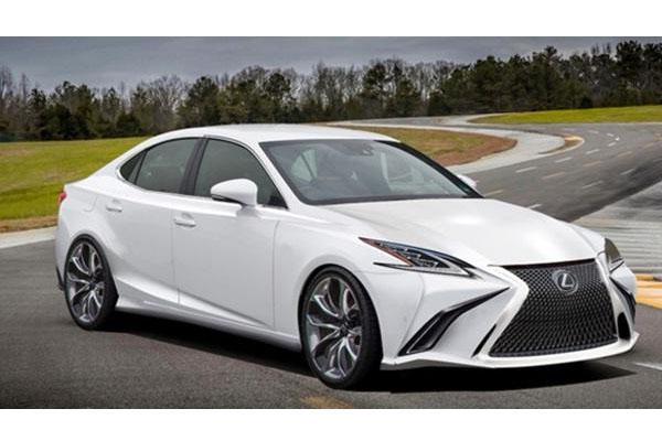 空間變大、用上新引擎,大改款 Lexus IS 新資訊流出!