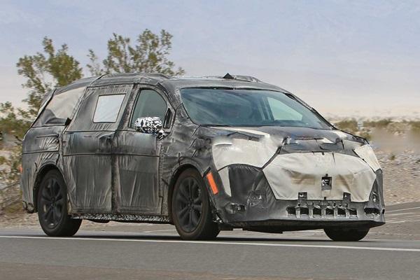 空間、外觀是重點,大改款 Toyota Sienna 現身!