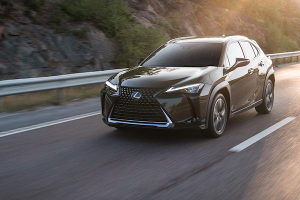 UX 與 ES 車款都是關鍵!Lexus 公布 2019 上半年銷售成績