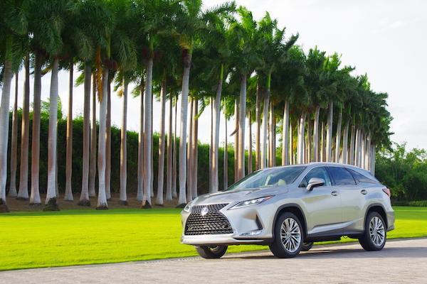 9 月下旬台灣上市,Lexus RX 小改款海外試駕搶先看!