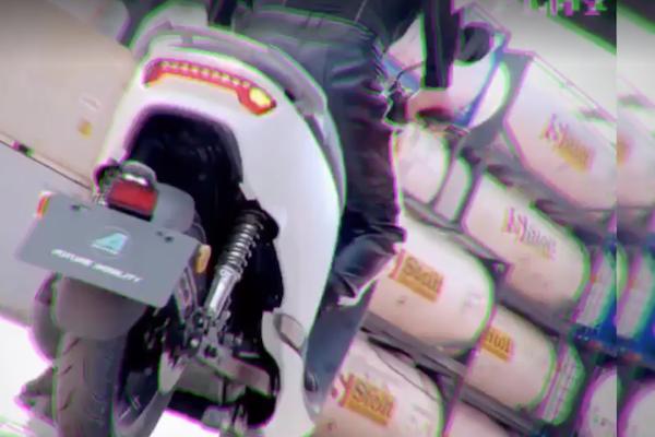 用燒胎秀實力的電動機車準備上市!主打企業的商用車型也默默現身