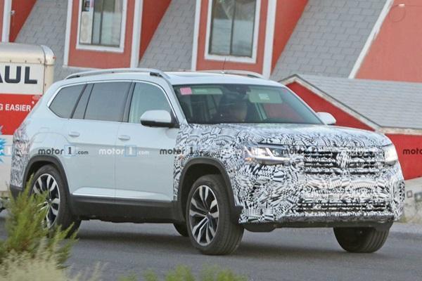 空間比 Tiguan 大的正七人座,VW 小改款休旅測試車首度曝光!