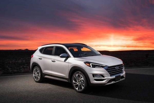 新一代 Hyundai Tucson 脫掉部分偽裝,車頭將有大幅度改變!