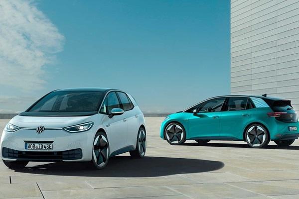 2019 法蘭克福車展:VW 發表新廠徽 Logo、全新掀背車!