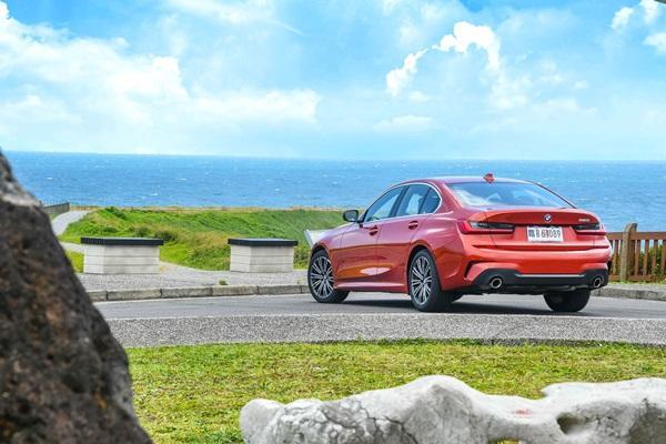 高水準入門款,BMW 320i M Sport 試駕!