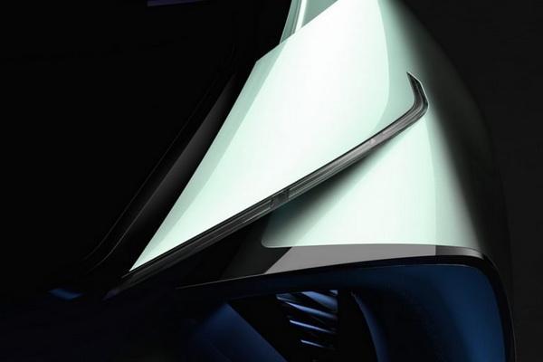 CT 地位不保?Lexus 預告全新車本月登場!