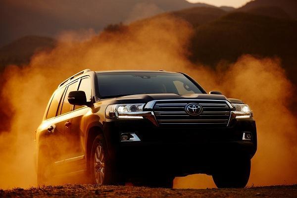 Toyota 當家七人座 SUV 大改款,日媒曝:將換上全新動力!