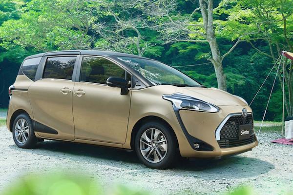 不只改外觀,Toyota Sienta 小改款有望新增低速自動煞車!