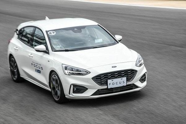 多連桿掰掰!英 Ford Focus 1.5 汽油改搭非獨立懸吊