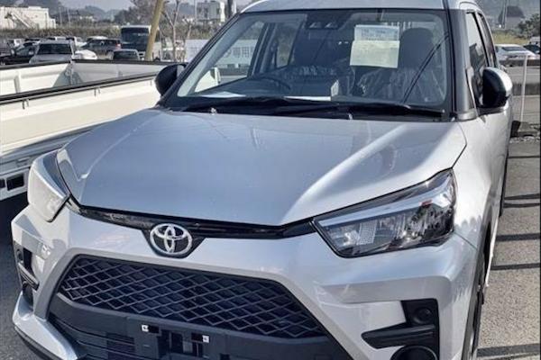 剩 2 天發表,Toyota 小休旅遭拍多張實車外觀照!