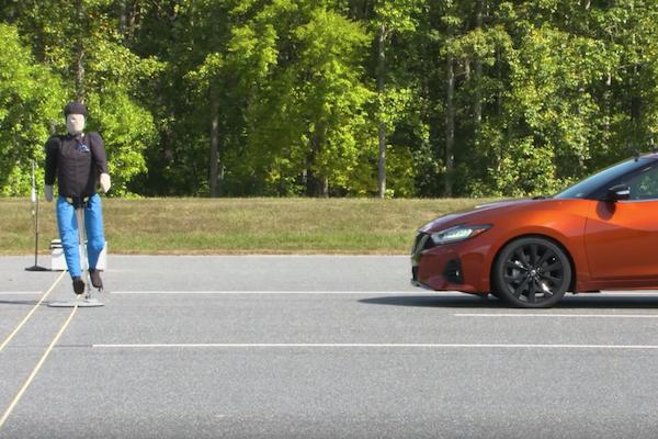 最不會撞上行人的 6 款新車公佈,美國 IIHS 測試掛保證!(內有影片)