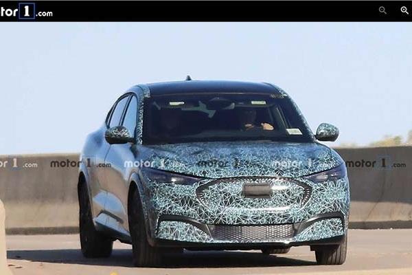 真面目快藏不住了!Ford 全新 SUV 外觀細節首次曝光